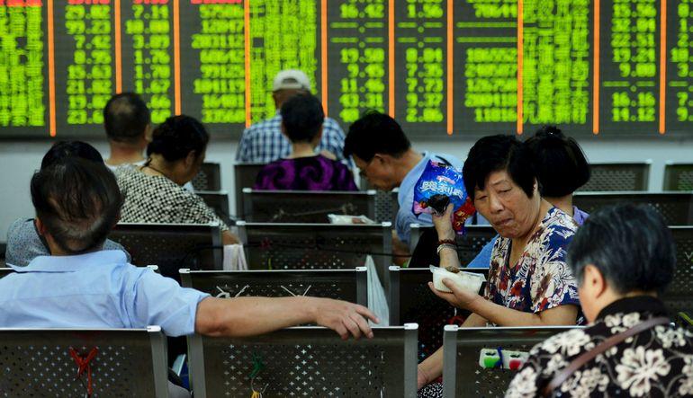 Çin hisseleri yuan kararı ile hızla yükseldi