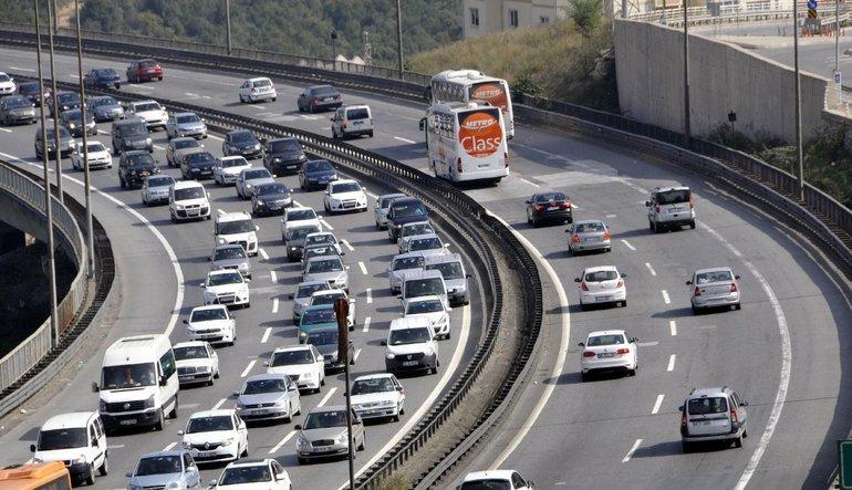 Araba sayısındaki artış milli geliri geride bıraktı
