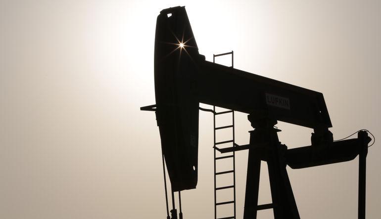 Sondaj arttı, petrol yeniden düşüşte