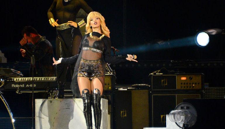 Rihanna TL'deki değer kaybına takıldı