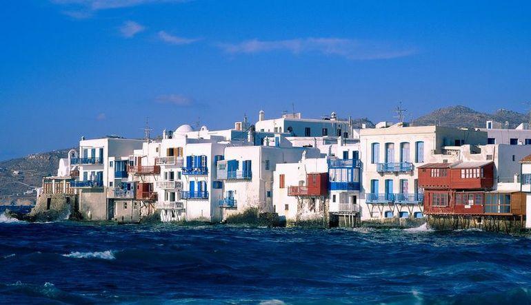 Neden hala turistler Türkiye'yi es geçip Yunanistan'a gidiyor?