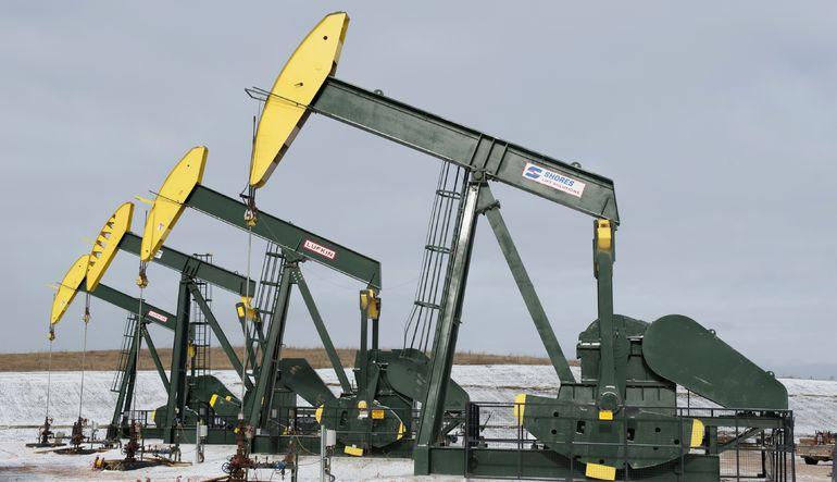 Ham petrol 2009'dan beri ilk defa 40 doların altına indi