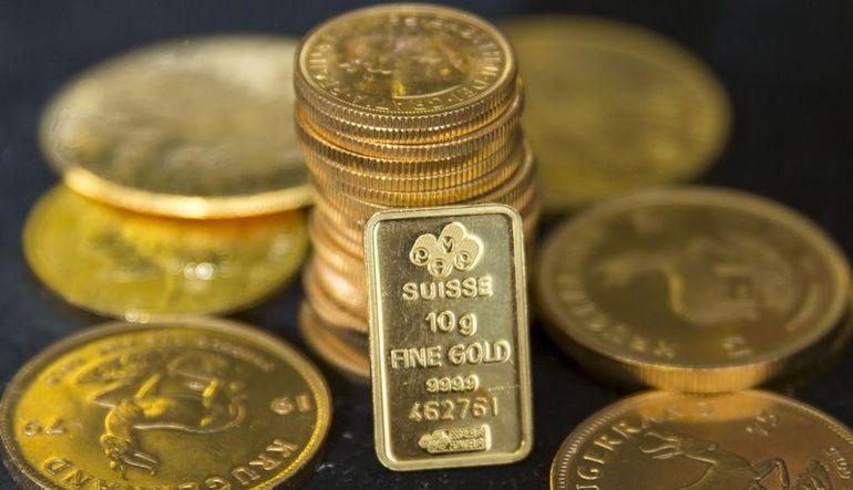 Fed'den faiz artırım beklentisiyle altın düşüyor
