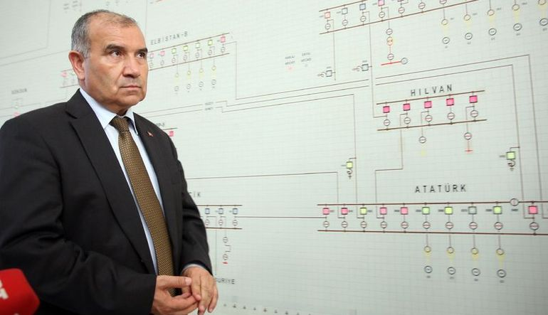 Türkiye'nin elektrik sistemi seçim ve bayrama hazır