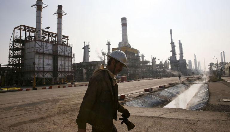 İran ile Batılı şirketler arasında petrol görüşmeleri başladı