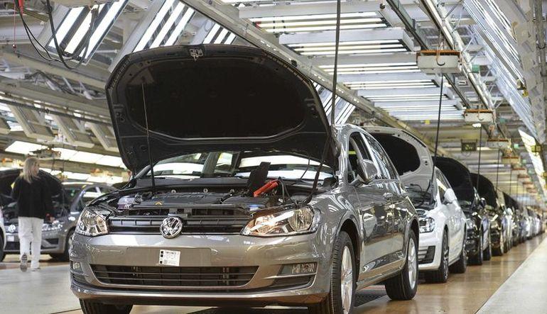 Dizel motorunun çevreyi kirlettiğini gizleyen Volkswagen'e ABD'den ceza
