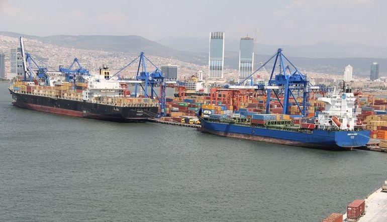 Petrol fiyatlarında düşüşle dış ticaret açığı 11 ayda yüzde 25 daraldı