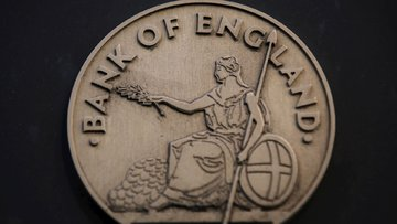 İngilizler paranın sonunu getiriyor
