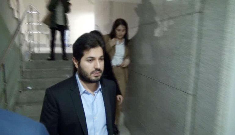 """Halkbank hisseleri """"Reza Zarrab"""" ile sert düştü"""