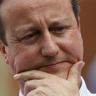 Cameron istifasını açıkladı