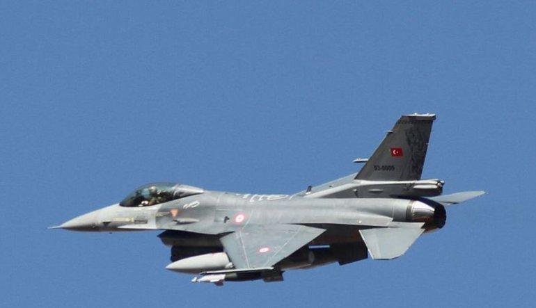 Türk jetleri Kuzey Irak'ta PKK hedeflerini vurdu