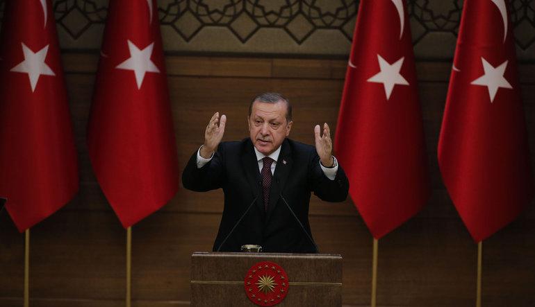 """""""Dövizi silah gibi kullanarak Türkiye'yi dize getiremezsiniz"""""""