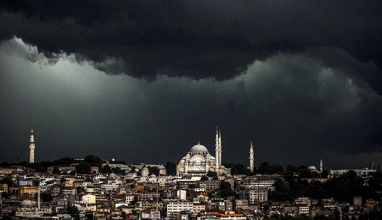 PİYASA TURU: Türk varlıklarında hareketli gün