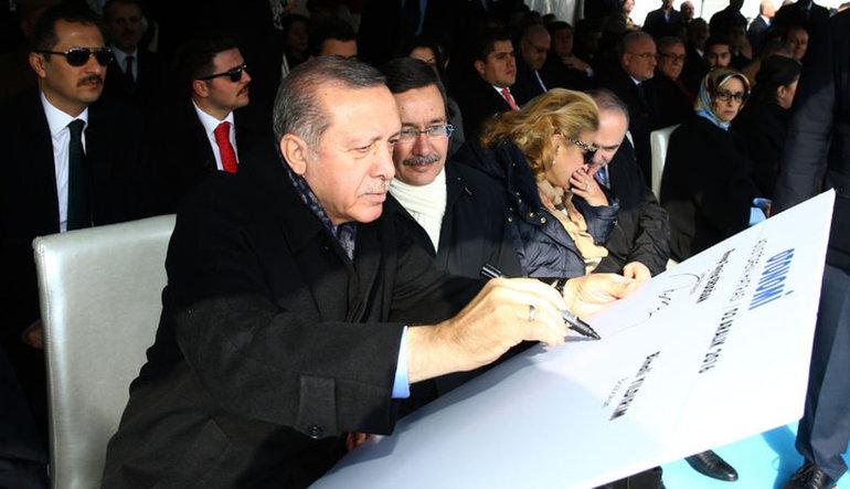 Erdoğan: Faizi düşürmekten başka çare yok
