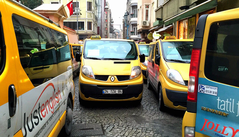 İstanbul'da taksi ve minibüslere zam