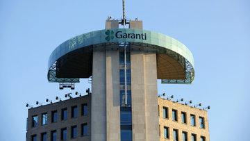 Garanti Bankası'nın genel müdürlük katında istifa