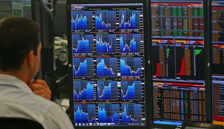 PİYASA TURU: Dolar istihdam rallisiyle rekor yeniledi
