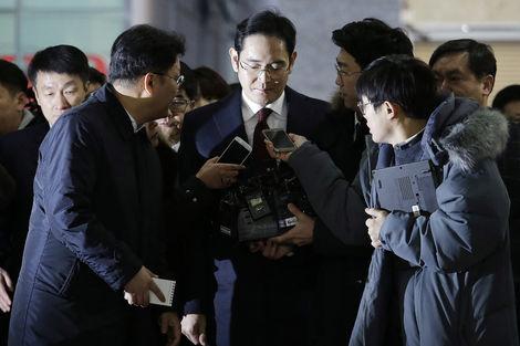 Samsung'da müstakbel başkan tutuklandı, hisseler düştü