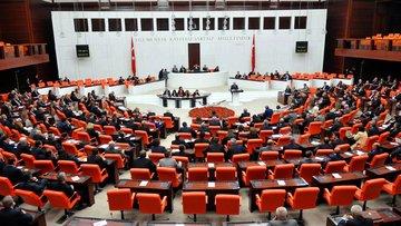 Yeni anayasa Meclis'ten geçti, Türkiye referanduma gidiyor