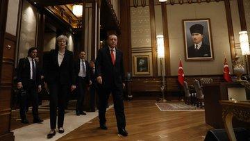 24 saatte Saray'dan Külliye'ye İngiliz mesaisi