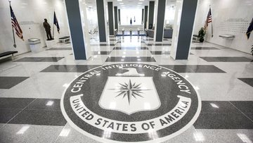 Fransız seçiminde CIA casusluğu suçlaması