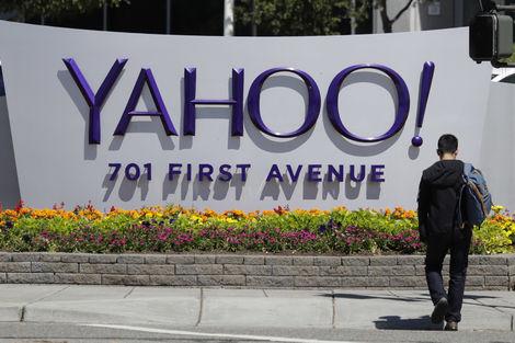 Hesapları çaldıran Yahoo: E-maillerinize şifresiz girebilirler