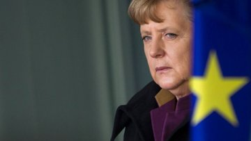 Merkel Euro'nun Almanya için ucuz olduğunu kabul etti
