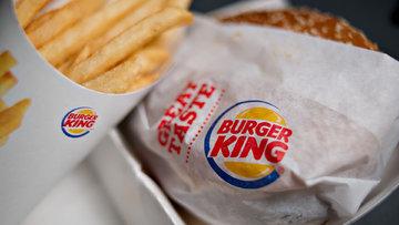 Fast food devinin sahibi rakibini satın alıyor