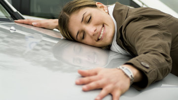 Bir tüketim alışkanlığı analizi: Kur artsa da arabamı değiştirmem