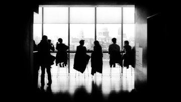 Halkbank, bankacılığın 6 devi ile aynı masaya oturuyor
