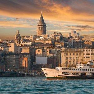 İSTANBUL'A 3 YENİ PROJE: METRO, YÜZER YOL VE DENİZ ALTI GEÇİT