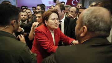 """Meral Akşener'den """"yeni parti"""" açıklaması"""