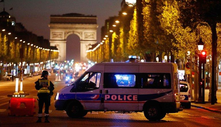 Paris'in kalbinde silahlı saldırı