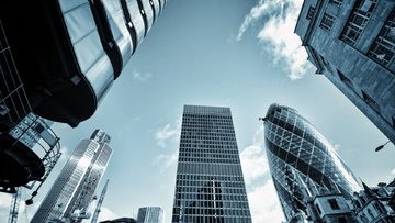 Ünlü, yatırım bankacılığına gözünü dikti