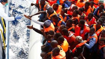 Papa: AB-Türkiye mülteci anlaşması insan haklarına aykırı