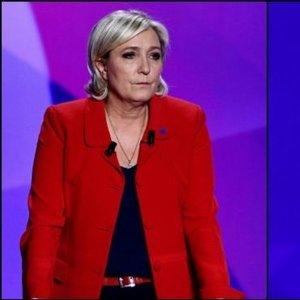 4 PUAN FARKTAN 2 PUANLA ZAFERE: FRANSA'DA İLK TURU MACRON KAZANDI