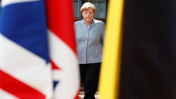 Merkel'den çifte vatandaşlık açıklaması