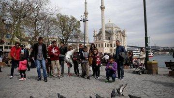 Turist sayısında 20 ay sonra gelen ilk artış