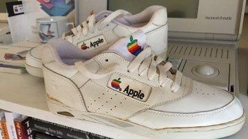 Apple efsanesi 15 bin dolara satıldı