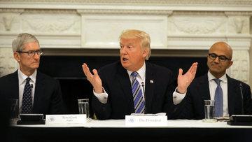 Trump'tan teknoloji devlerine 1 trilyon dolarlık söz
