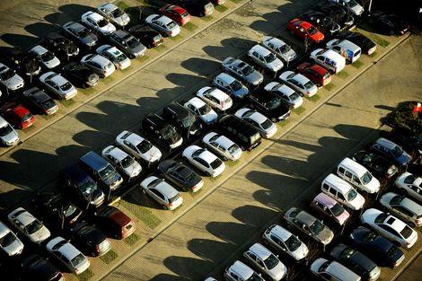 Otomotiv pazarı ilk yarıda daraldı