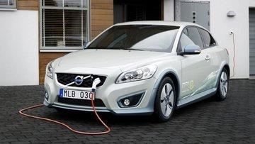 Volvo benzine tamamen veda ediyor