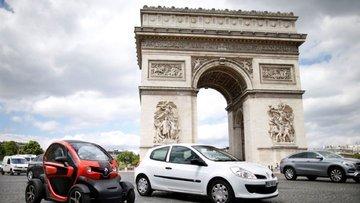 Benzinli ve dizel arabaları yasaklıyor
