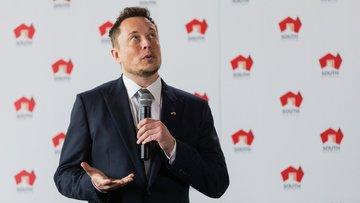 Elon Musk 18 yıl önce kurduğu siteyi yeniden satın aldı