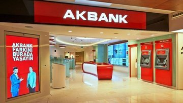 Akbank üst yönetiminde istifa