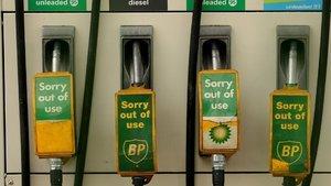Fransa'dan sonra İngilitere de benzine veda ediyor