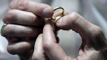 Altın talebi dünyada geriliyor, Türkiye'de ise...