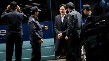 Samsung'un veliahtına 12 yıl hapis istemi