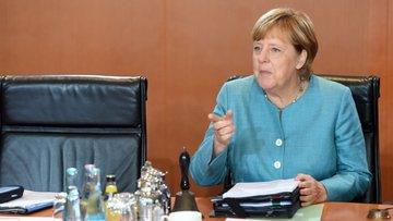 Merkel'den kritik Gümrük Birliği çıkışı