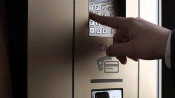 ATM'den çeyrek altın vurgunu